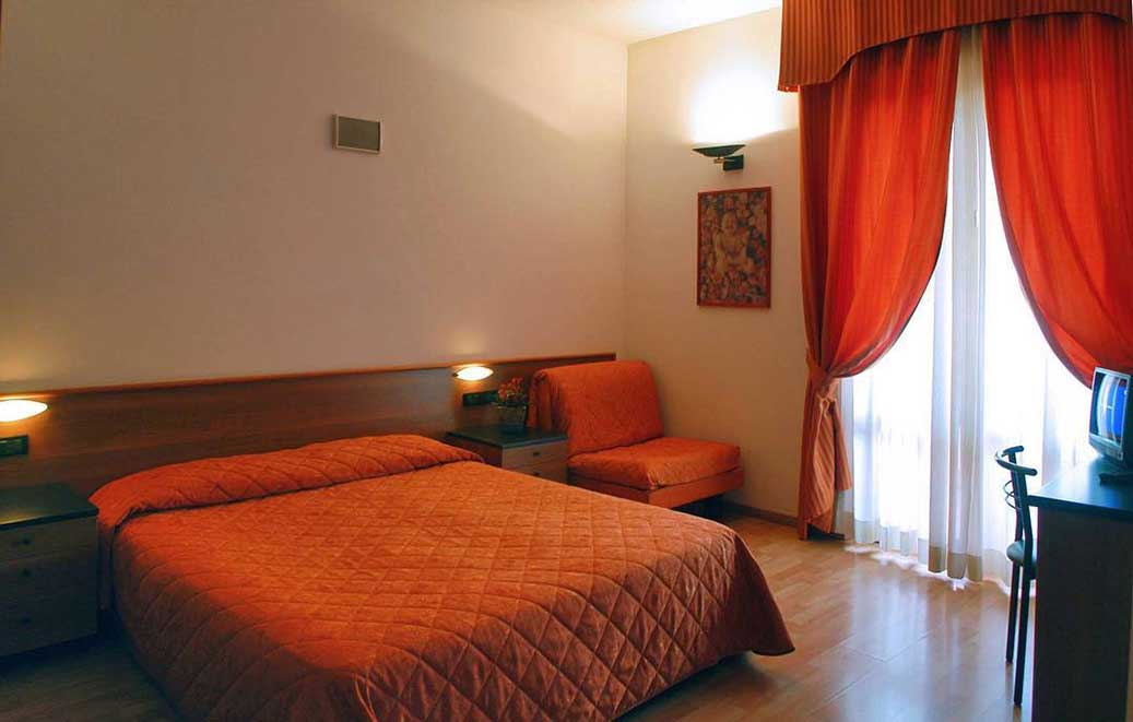Hotel ** Mary Rose