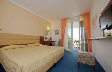 Hotel *** Lazise